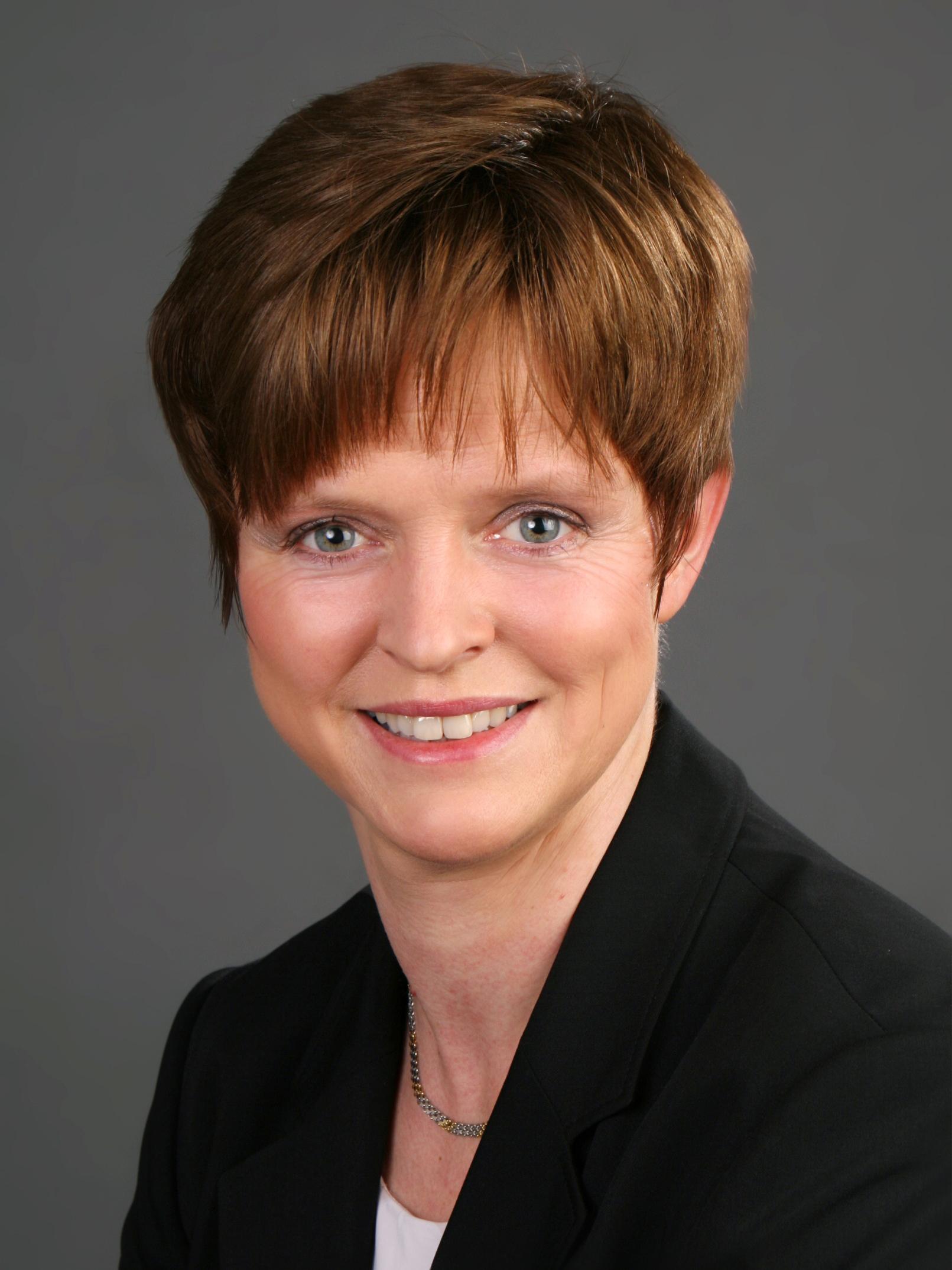 Prof. Dr. Britta Ruhnau,  ESCP Europe Berlin